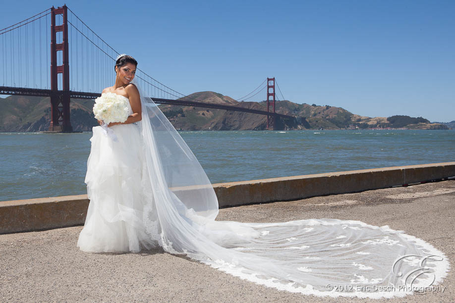 Bride with the Golden Gate Bridge as a Backdrop